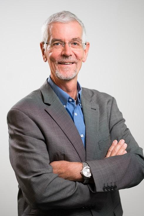 Portrait von Prof. Thomas Bayer dem Vizepräsident der HNU